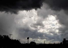 Pronostican fuertes chaparrones en el Alto Valle